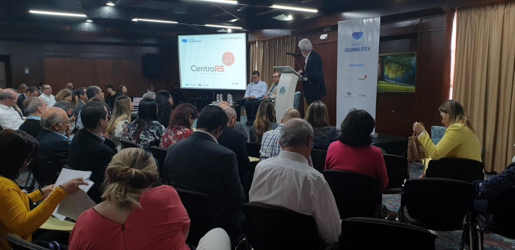 Encuentro-Etica-Medellin-Bogota-11-12-mayo-2019 (202)