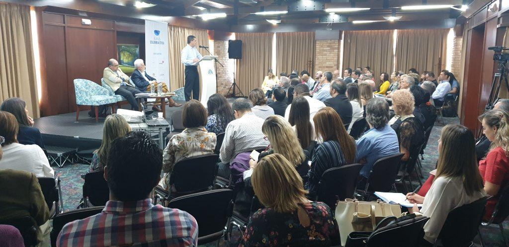 Encuentro-Etica-Medellin-Bogota-11-12-mayo-2019 (229)