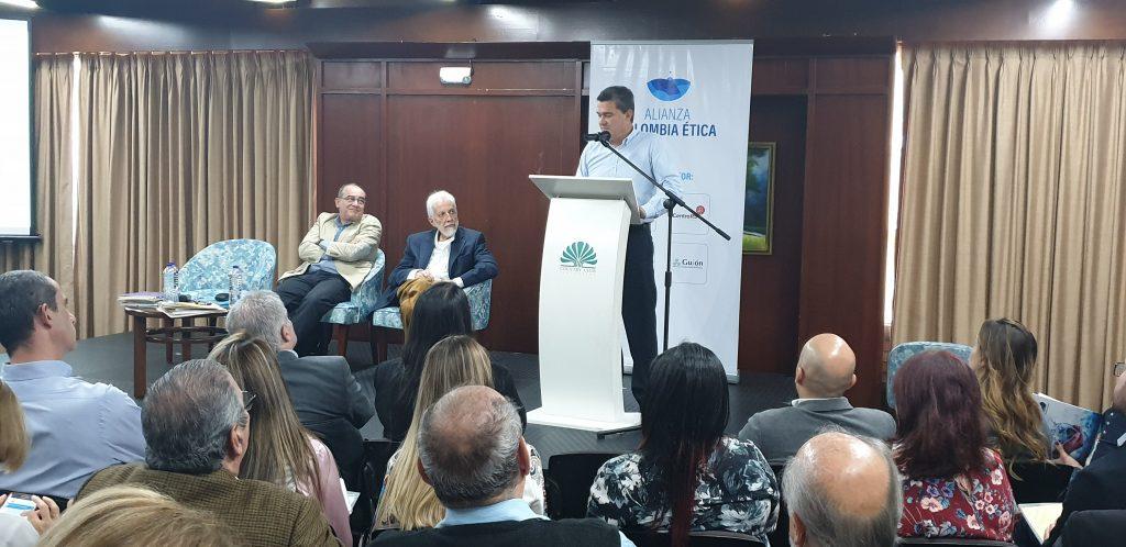Encuentro-Etica-Medellin-Bogota-11-12-mayo-2019 (232)